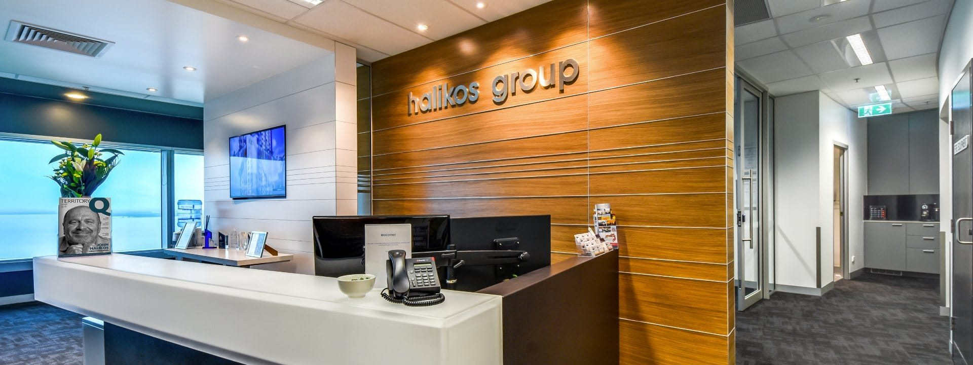 Halikos Front Desk